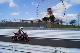11月5日鈴鹿サンデーロードレース第6戦全日本併催MFJカップJP250クラス/CBR250Rドリームカップ参戦記