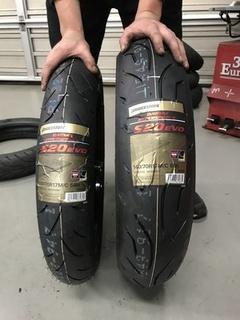 Ninja250Rの初タイヤ交換はS20 EVO!