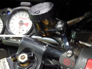 【スモークカラー】ブレーキマスターシリンダーのカップを交換