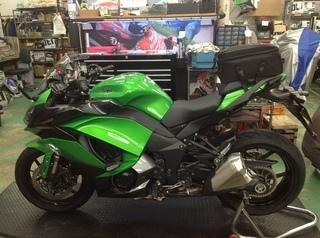 KAWASAKI Ninja1000 タイヤ交換