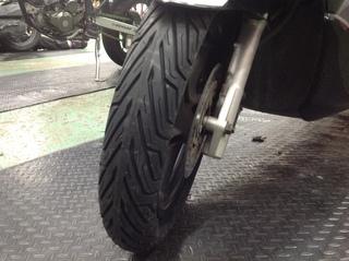 HONDA PCX125 タイヤ交換