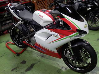 タイヤ交換【DUCATI 848】ピレリ 『ディアブロ スーパーコルサ SP V2』