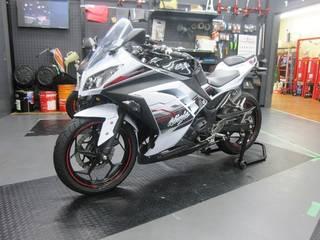 KAWASAKI【Ninja250 タイヤ交換】ダンロップ GT601