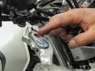 バイクのブレーキレバーを交換する方法とは?
