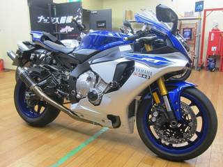 YAMAHA【YZF-R1 タイヤ交換】メッツラー レーステックRR