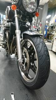 ホンダ CB1100 ダンロップ ロードスマート3 タイヤ交換
