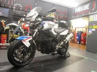 BMW【F800R タイヤ交換】ダンロップ ロードスマート2