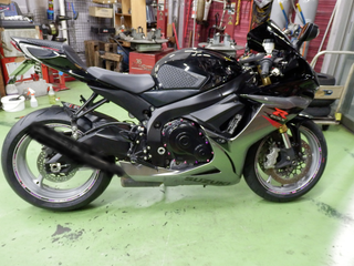 スズキ GSX-R750『タイヤ交換』ピレリ ロッソコルサ