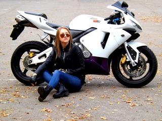 女の子だってバイクに乗りたい!女性ライダーのファッションに迫る!