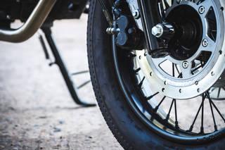 バイクのフロントブレーキディスクの交換方法と交換時期について